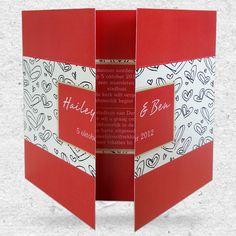 Een turningcard en als trouwkaart kun alsmaar doordraaien! Er zijn 4 pagina's waar je jullie huwelijk op aan kan kondigen. http://www.trouwkaarten.nu/trouwkaarten/trouwkaarten-turning-card/