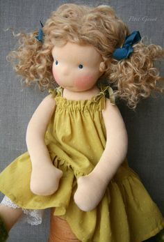 waldorf doll dress. so simple and nice, good for american girls...