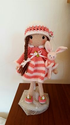 "Auftragsarbeit  ""April"" Pattern: Carmen Rent  04/2017 Crochet Hats, Dolls, Pattern, Puppets, Knitting Hats, Puppet, Doll, Model, Baby"
