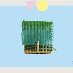¿Te gustaría saber a dónde va destinado el dinero de tu compra?   Estaremos compartiendo  información del informe anual 😊  ●  ●  ●  #BuyDifferently #compradiferente #calledtobecreative #craftsposure #etsy #favehandmade #handcrafted #handmadegifts #handmadewithlove #HandsAndHustle #homeinthestudio #madebyhand #makersgonnamake #makersgunnamake #makersmovement