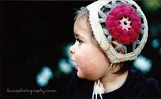 Vintage Baby Flower Bonnet. Free pattern.   With a 2mm/size 4 steel hook, would guess this is thread.      5/2015