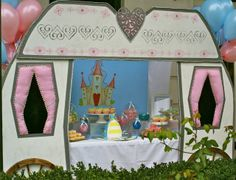 Can you believe this CInderella coach dessert table