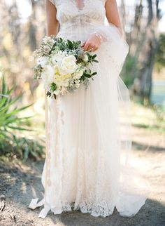 The 114 best White Wedding Bouquets images on Pinterest | Wedding ...