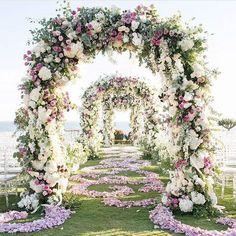 Top 10 Luxury Wedding Venues to Hold a 5 Star Wedding - Love It All Star Wedding, Mod Wedding, Dream Wedding, Summer Wedding, Fantasy Wedding, Trendy Wedding, Elegant Wedding, Beach Wedding Aisles, Wedding Ceremony Arch