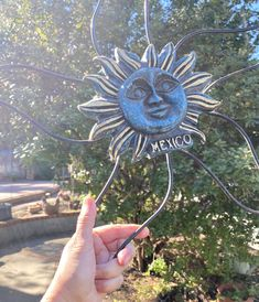 Vintage Mexican Sun Face Vintage Garden Decor, Goods And Services, China Dinnerware, House Plants, Vintage Items, Mexican, Wall Decor, Pottery, Sun