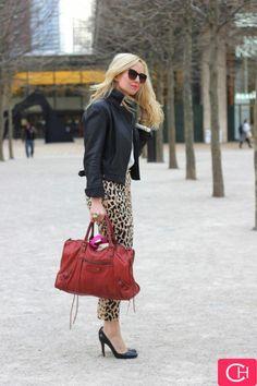 Street Fashion - animal print .....