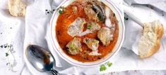 Falstaff, Thai Red Curry, Eat, Ethnic Recipes, Food, Top Recipes, Meat, Easy Meals, Food Food