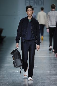 Fashion Show Gallery - Look 19 - Men's Spring Summer 2015 Collection | Fendi