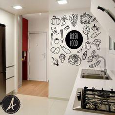 Friendly food, comida cocina Feature Wall Bedroom, Bedroom Wall, Foodtrucks Ideas, Textured Walls, Wall Design, Wall Decals, Kitchen Decor, Decoration, Sweet Home
