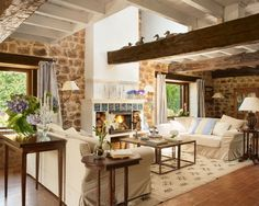15 Fascinating Ideas for Your Farmhouse Home Decoration - House Design Styles Rustic Home Design, Farmhouse Design, Home Living Room, Living Spaces, Living Area, Design Case, Design Design, Furniture Styles, Cottage Style
