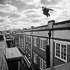 Toby Segar, ganador al mejor truco de la primera edición de Vigo Street Stunts y creador de nuestro Vídeo Oficial. Alucinate!!! - Toby Segar, winner of the best trick in the first edition of Vigo Street Stunts and the creator of our official video. Stunning!!! -  #vigo #vigostreetstunsbodyexteme #vigostreetstunts #streetstunts #speedcontest #parkour #freerunning