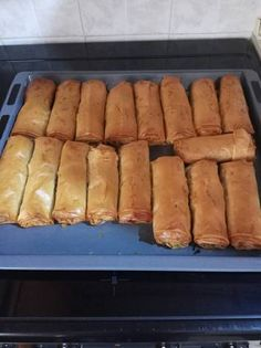 Hot Dog Buns, Hot Dogs, Food And Drink, Bread, Recipes, Brot, Baking, Breads