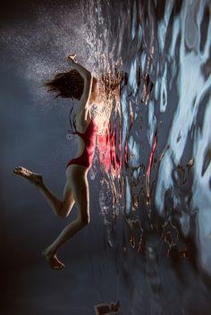 mirror - mathilde http://robincerutti.com http://instagram.com/robincerutti #photography @ellophotography #robincerut...