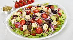 Salata greceasca | JamilaCuisine Fruit Salad, Cobb Salad, Tasty, Yummy Food, Salad Dressing, How To Stay Healthy, Food Art, Food Videos, Sweet Recipes