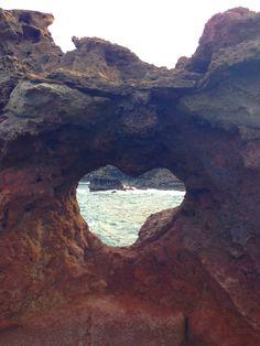 hawaii_heart_rock_ocean.jpg (600×800)