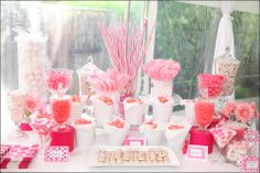 candy bar: pink and white