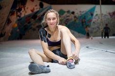 Janja Garnbret si želi zmagati tudi na tekmi v Vailu - Šport TV Climbing Technique, Rock Climbing Workout, Climbing Girl, Sports Activities, Climbers, Athletes, My Style, Hiking, Women's Fashion