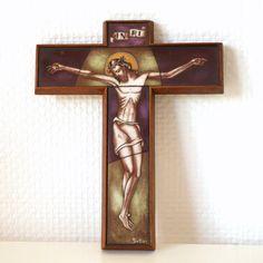 Opaline Glass Crucifix, Art Deco Handcrafted Stained Glass Wall Cross, INRI Jesus Christ, Artisan Made Christian Catholic Art Wall Decor Catholic Crucifix, Catholic Art, Glass Artwork, Wall Crosses, Spiritual Gifts, Dutch Artists, Opaline, Sacred Art, Art Deco Design