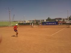 https://presaonestilor.wordpress.com/2016/08/18/trei-turnee-nationale-de-tenis-de-camp-la-onesti/