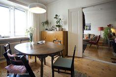 Scandinavian homes: old wooden floors and 1950's cabinet