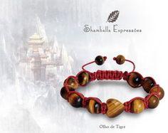 Pulseira Shamballa confeccionada em macramê e pedras naturais - Olho de Tigre com detalhe em Coração e fio cereja - energizadas com energia Reiki10 pedras de 10mm, 1 pedra olho de tigre de 10mm no formato de coração e 2 pedras de 8mm Compras pelo site http://www.elo7.com.br/42FDAA #jewelry #biojoias #yoga #yogis #om #zen #espiritual #stone #hippie #bracelets #hippiechic #acessorios #shiva #handmade #pedrasnaturais #pulseirismo #shamballa #boho #bohochic #shamballaexpressoes #meditation #amor