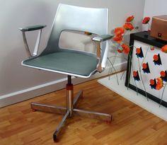 Retro KI Office Chair!