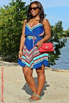 plus size fashion. Love the dress.