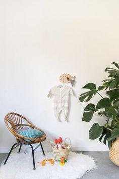 Pegboard baleine | Etsy  #mif #madeinfrance #pegboard #etage #kidsroom #chambreenfant #nursery #scandnavianhome #baleine Kidsroom, Hanging Chair, Nursery, Etsy, Furniture, Home Decor, Whale, Bedroom Kids, Decoration Home