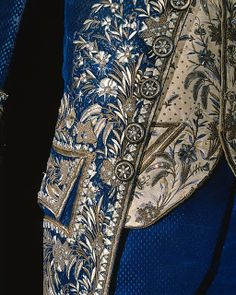 France, mid 19th c, man's 2nd Empire blue court suit, embroidery detail