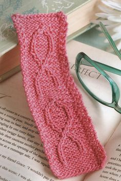 Ravelry: Knitting For A Cure Bookmark pattern by Kay Meadors