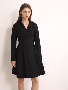 Brand Name: Amii Material: Polyester Material: Viscose Silhouette: A-Line Age: Ages 18-35 Years Old Model Number: 12040737 Season: Autumn Neckline: V-Neck Sleeve Length(cm): Full Sleeve Style: REGULAR Gender: WOMEN Style: Office Lady Waistline: empire Pattern Type: Solid Dresses Length: Knee-Length
