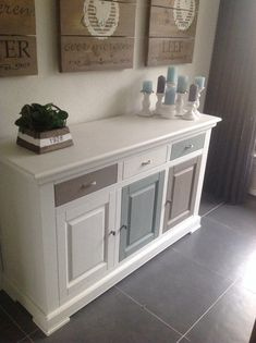 Color combo with wood & greenery. Refurbished Furniture, Repurposed Furniture, Furniture Makeover, Diy Furniture, Furniture Design, Dresser Makeovers, Upcycled Home Decor, Chalk Paint Furniture, Decorating Your Home
