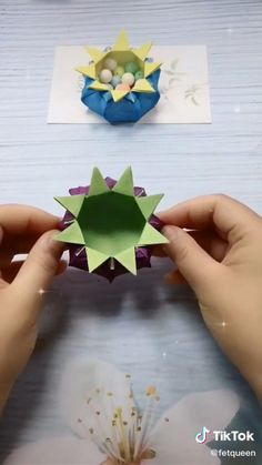 Diy Crafts Hacks, Diy Crafts For Gifts, Hobbies And Crafts, Creative Crafts, Origami And Kirigami, Paper Crafts Origami, Origami Art, Origami Bookmark, Paper Folding Crafts
