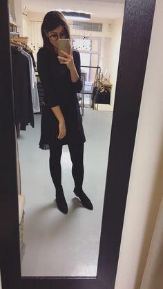 Classy date night dress.