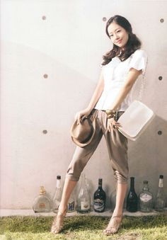 Moon Chae Won Selly's summer collection 2009