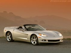 #cars #coches #carros  Chevrolet Corvette Convertible