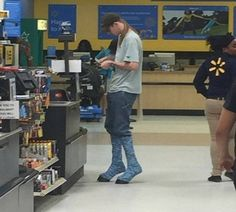 Funny people of walmart .