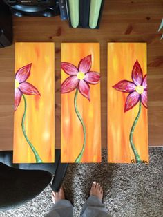 Acrylic painted flowers on tiles strips