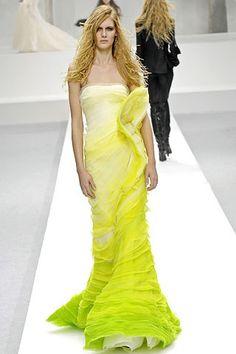 Nina Ricci Fall 2007 Ready-to-Wear Fashion Show - Irina Kulikova