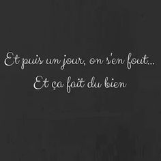 Franch Quotes : J attends ce jour - The Love Quotes Positive Mind, Positive Attitude, Positive Quotes, Motivational Quotes, Inspirational Quotes, Best Quotes, Love Quotes, Peace Quotes, Quote Citation