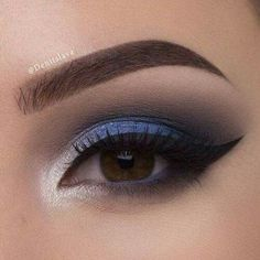 57 Gorgeous Eye Makeup Looks For Day And Evening – Maquillaje Hooded Eye Makeup, Blue Eye Makeup, Smokey Eye Makeup, Eyeshadow Makeup, Navy Blue Makeup, Eyeshadow Palette, Eyeliner, Makeup Inspo, Makeup Inspiration