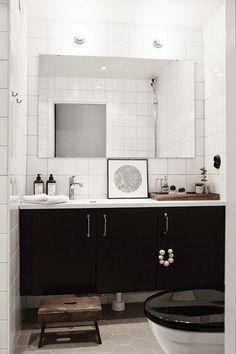 black and white // bathroom decor Bathroom Inspiration, Interior Design Inspiration, Home Interior Design, Bathroom Interior, Modern Bathroom, Small Bathroom, Minimal Bathroom, Bathroom Toilets, Laundry In Bathroom
