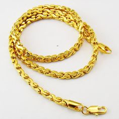 Photo by tongguangdong Chain Jewelry, Jewelry Art, Gold Earrings, Gold Necklace, Gold Chain Design, Gold Models, Gold Chains For Men, Diamond Jewellery, Jewelries