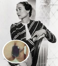 """Wallis Simpson The Jewel: Cartier carat Emerald Ring. Engraved on the ring is the message, """"We are ours now 27 x Wallis Simpson, Royal Jewelry, Ruby Jewelry, Jewelry Art, Fine Jewelry, Royal Engagement Rings, Family Engagement, Wedding Rings, Royal Blood"""
