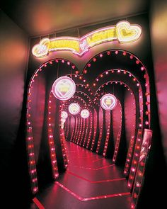 Red Aesthetic, Aesthetic Pictures, Tunnel Of Love, My Funny Valentine, Valentine Heart, Valentines, Amusement Park Rides, Wall Collage, Aesthetic Wallpapers