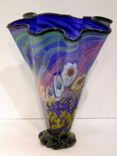 Hand Blown Vase by Paul Counts Blown Glass, Art Forms, Glass Art, Sculptures, Art Gallery, Vase, Home Decor, Modern Art, Art Museum