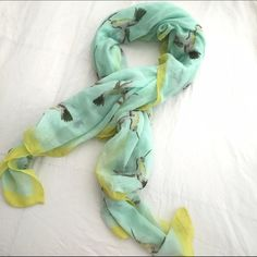 Printed Light Weight Summer Scarf Perfect accessory for summer! It's a large square scarf which can be worn so many ways. Prettiest tealy-blue color with a yellow-green border. Looks amazing with white jeans!   ___________ PLEASE READ ___________ - I accept reasonable offers unless noted - Lowballers will be ignored - I DO NOT TRADE OR USE 🅿️🅿️ - I don't discuss lowest price through the comments, if you make an offer I'm happy to counter with my lowest Old Navy Accessories Scarves & Wraps