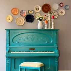 love the green colour on the piano