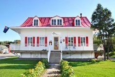 Auberge De Saguenay La Maison Price Chicoutimi Quebec This Youth Hostel In Chicoutimi