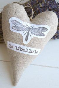 La Libellule en Provence. Linen heart hanger by Blanc & Caramel
